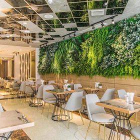 Thiết kế nội thất nhà hàng sân vườn thân thiện môi trường.