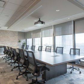 Thiết kế nội thất phòng họp hiện đại, sang trọng.