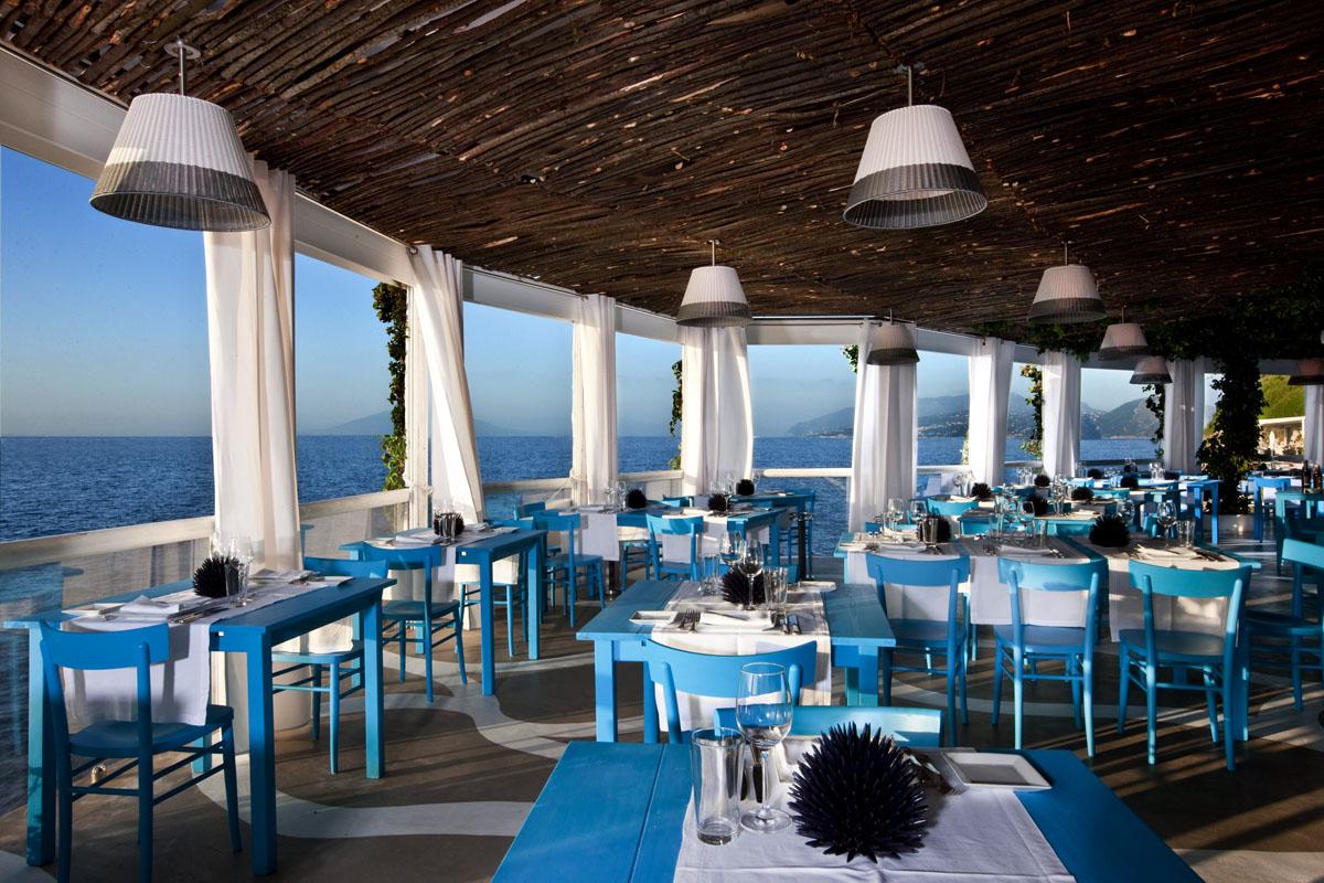 Thiết kế nhà hàng hải sản hiện đại hút khách