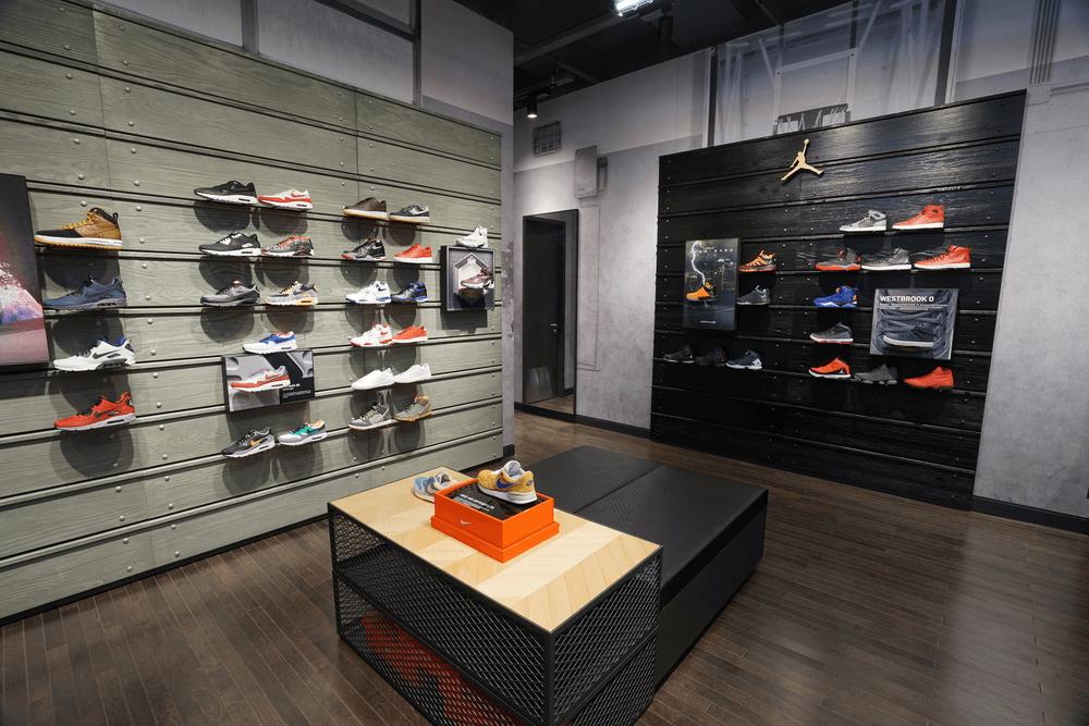 Công ty thiết kế và thi công nội thất showroom giày dép chất lượng