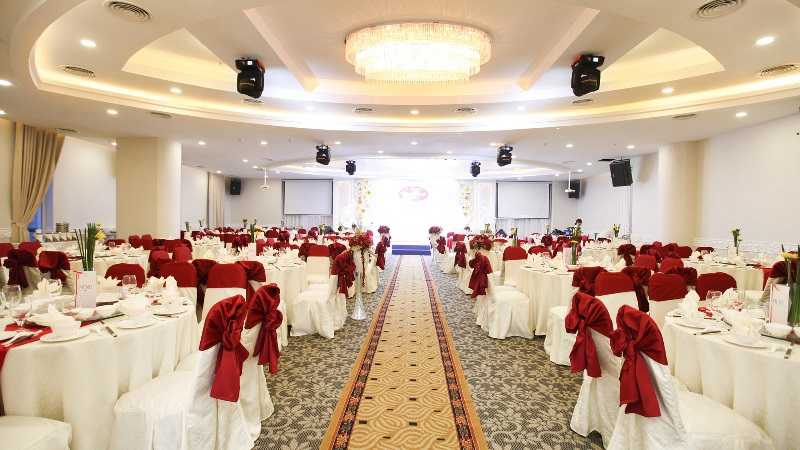 Các mẫu Thiết kế nhà hàng tiệc cưới chuyên môn cao