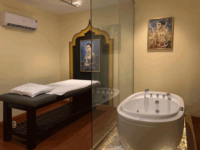 Thi công phòng tắm massage