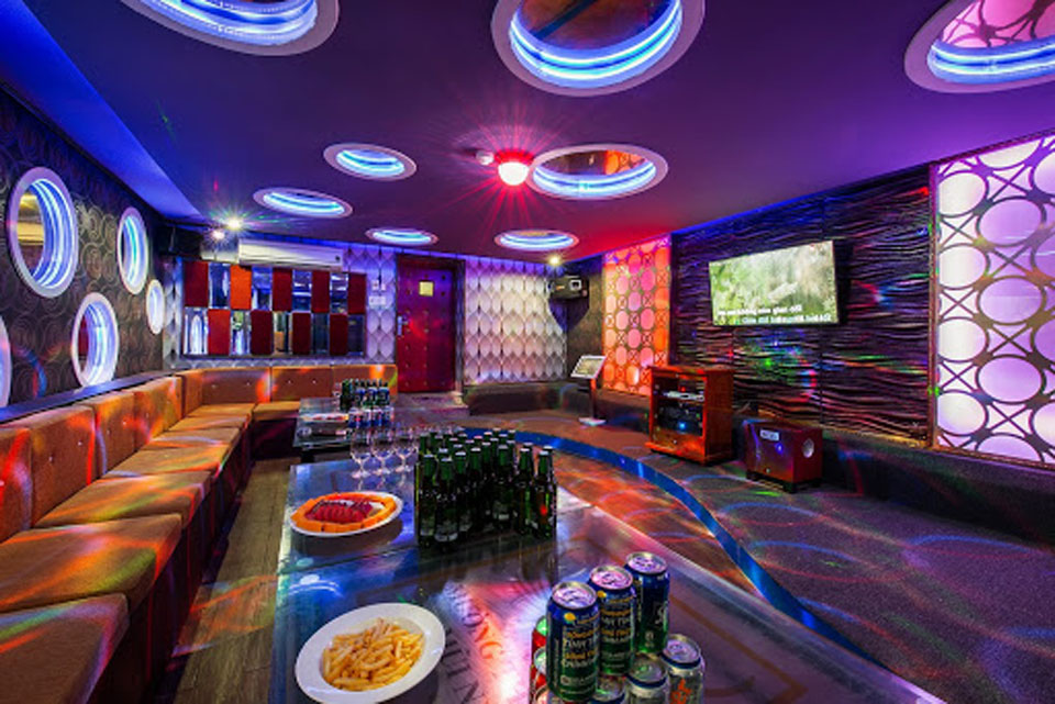 Thiết kế và thi công nội thất phòng karaoke