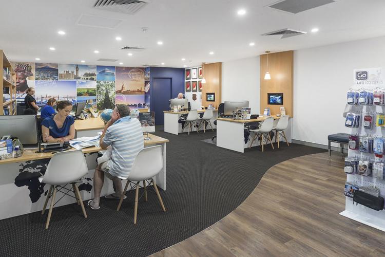 Tiêu chuẩn thiết kế không gian văn phòng công ty du lịch trang trí đẹp