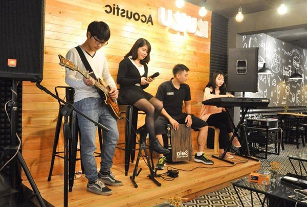 y tuong cafe acousetic